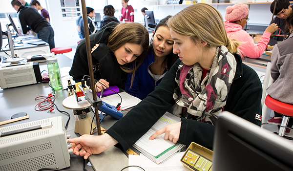 Students working in a science lab.