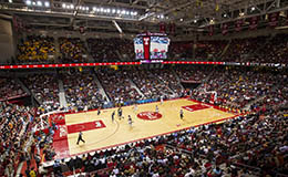 Inside the Liacouras Center during a Temple basketball game.