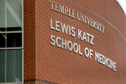 A photo of the Lewis Katz Medical School building
