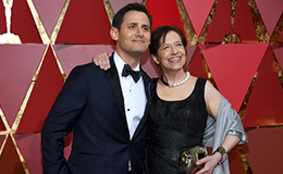 Benj Pasek with his mother, Kathy Hirsh-Pasek, at the Academy Awards ceremony.